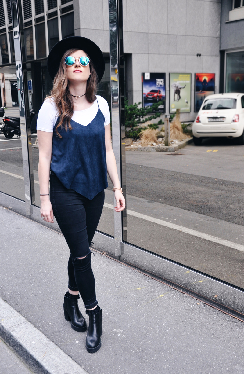 Cool Springoutfit with a top from Romwe and a white Shirt from Vero Moda with skinny pants from Topshop. Sunglasses and Hat are from H&M and shoes are from Zara.