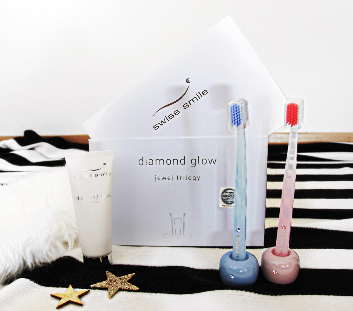 Andrea Steiner mit ihrem Mode- und Beauty blog Strawberries & Champagne aus Luzern (Schweiz) testet die Produkte von Swiss Smile.