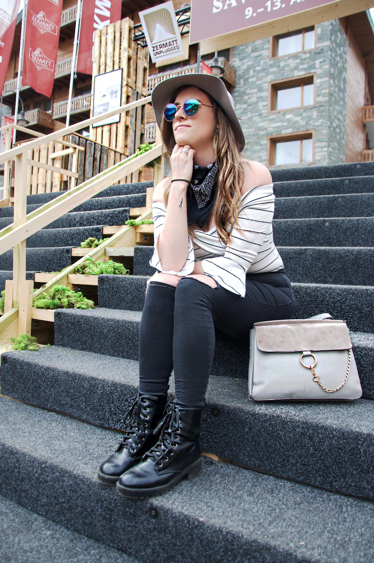Andrea Steiner, mode bloggerin aus Luzern in der Schweiz trägt einen coolen und bequemen Look passend zum diesjährigen Zermatt unplugged.