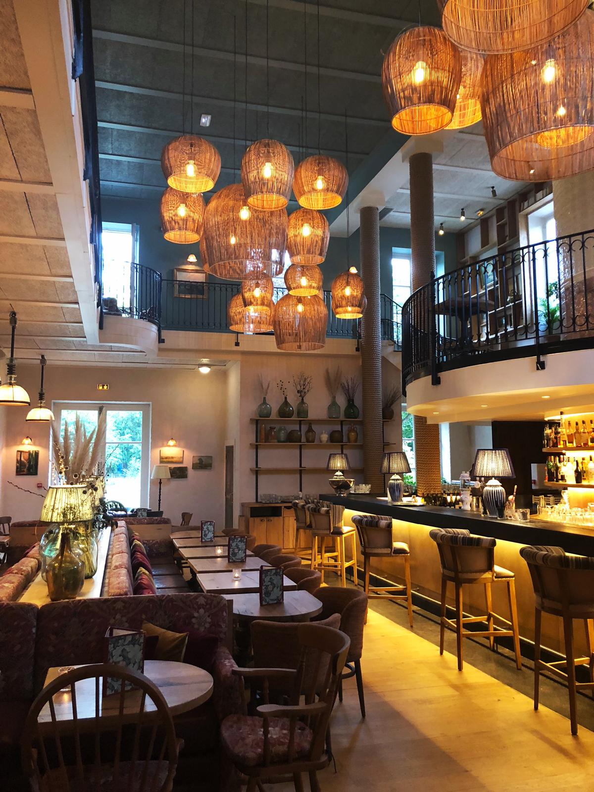 Das Restaurant L'Ile an der quai de Stalingrad Issy Les Moulineaux in Paris