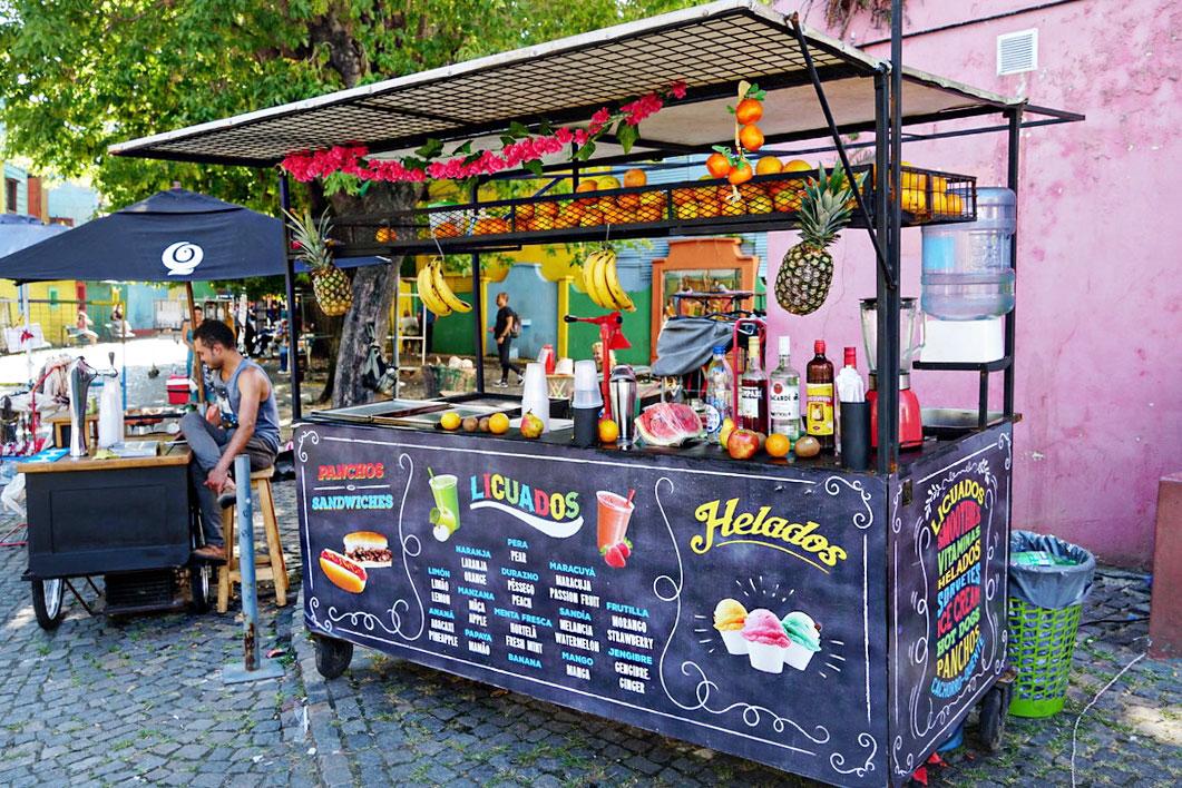 Andrea Steiner vom Mode und Reise Blog Strawberries 'n' Champagne zeigt auch die besten Plätze in Buenos Aires und das trendy Viertel La Boca.